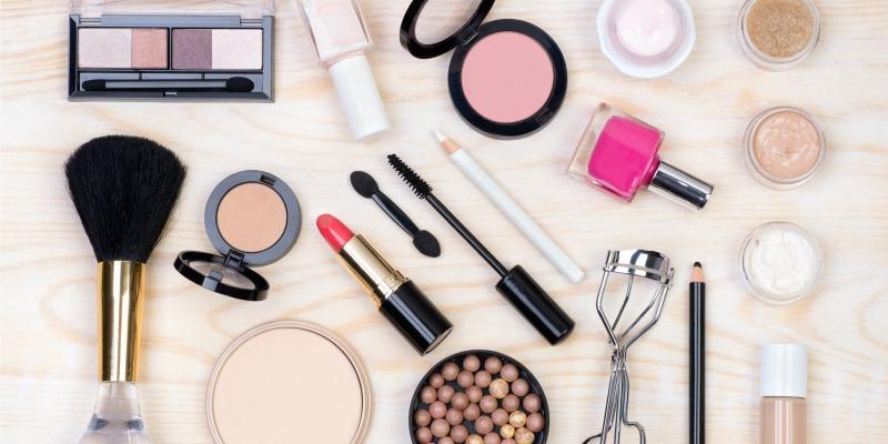Douglas: 15% de descuento extra en maquillaje