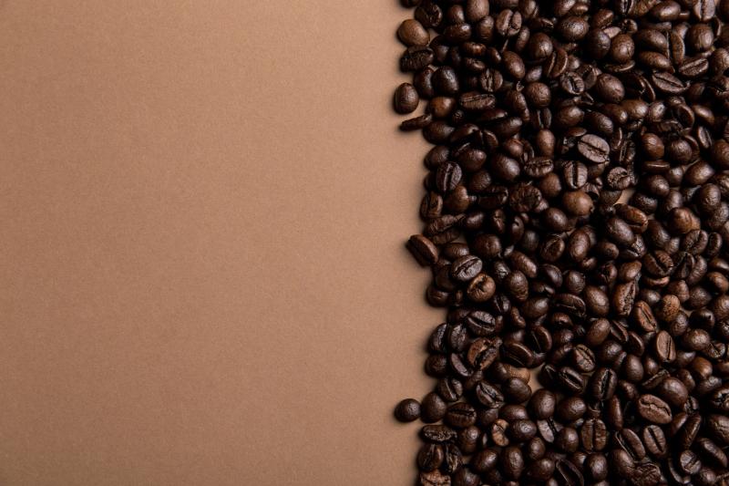 Cafetera de regalo con Tassimo por la compra de 8 packs de café
