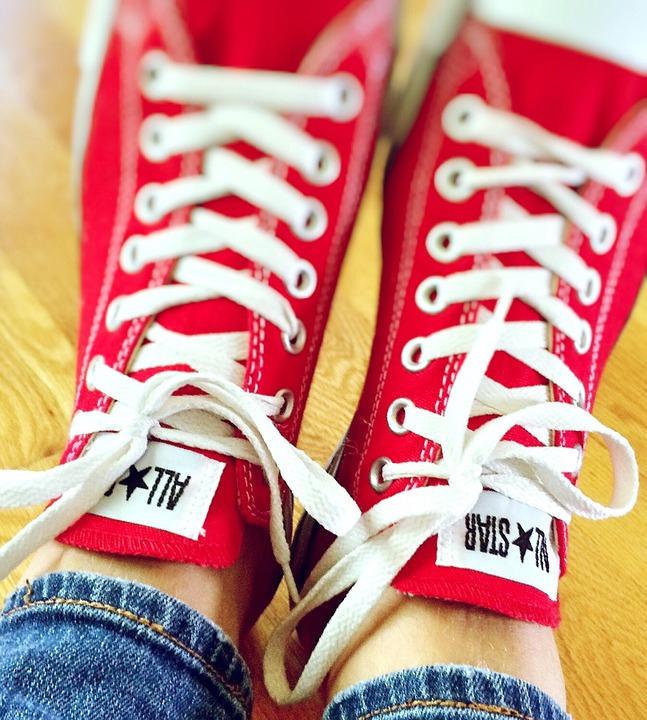¡La zapatilla más famosa del mundo con descuentos en Sarenza!